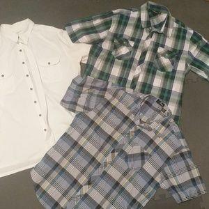Bundle of three men's short sleeve button up shirt